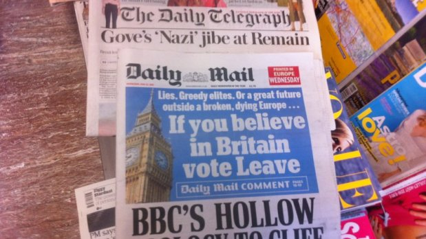 british-newspapers-on-22-june-in-brussels-press-shop